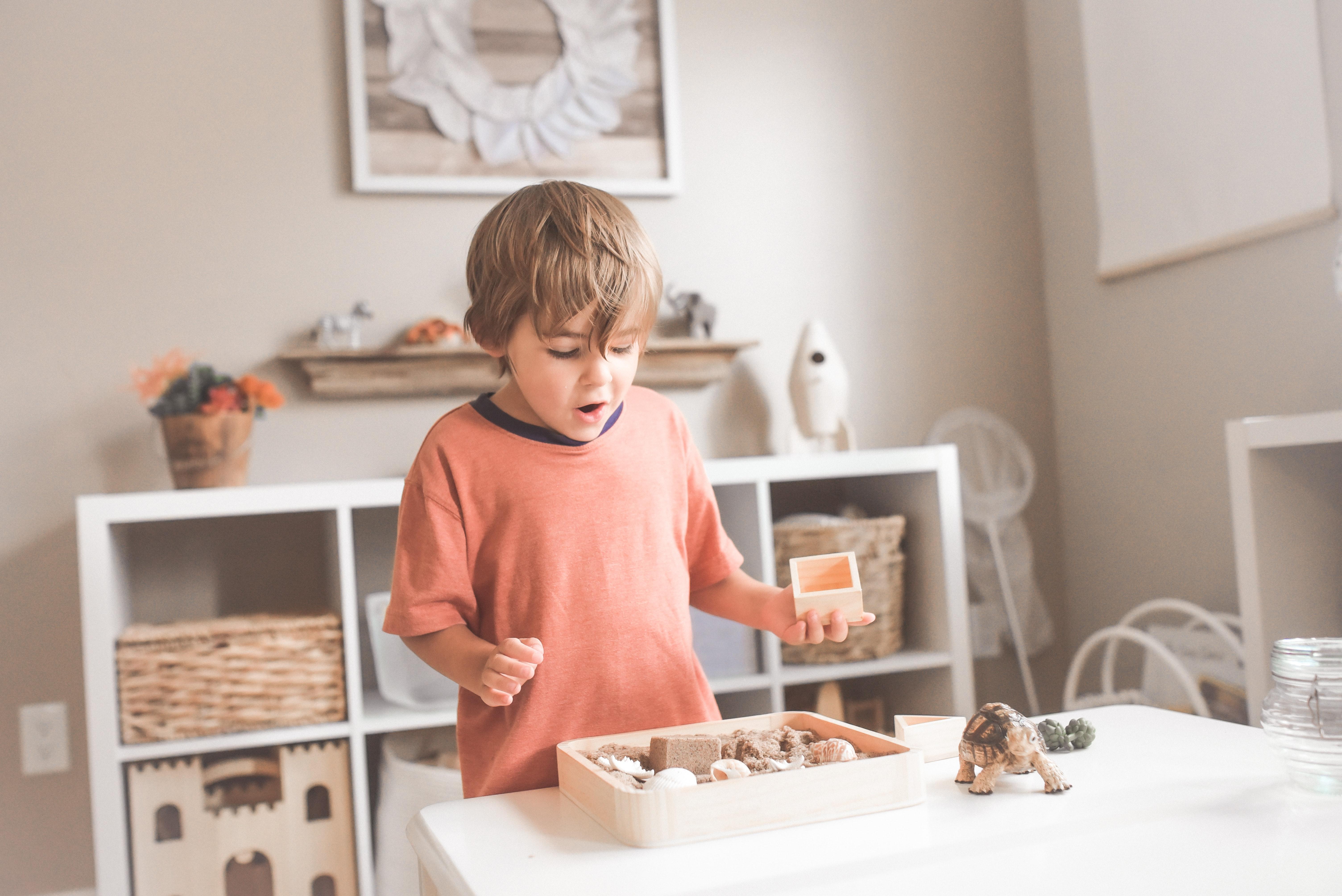Skab struktur i dit barns travle hverdag